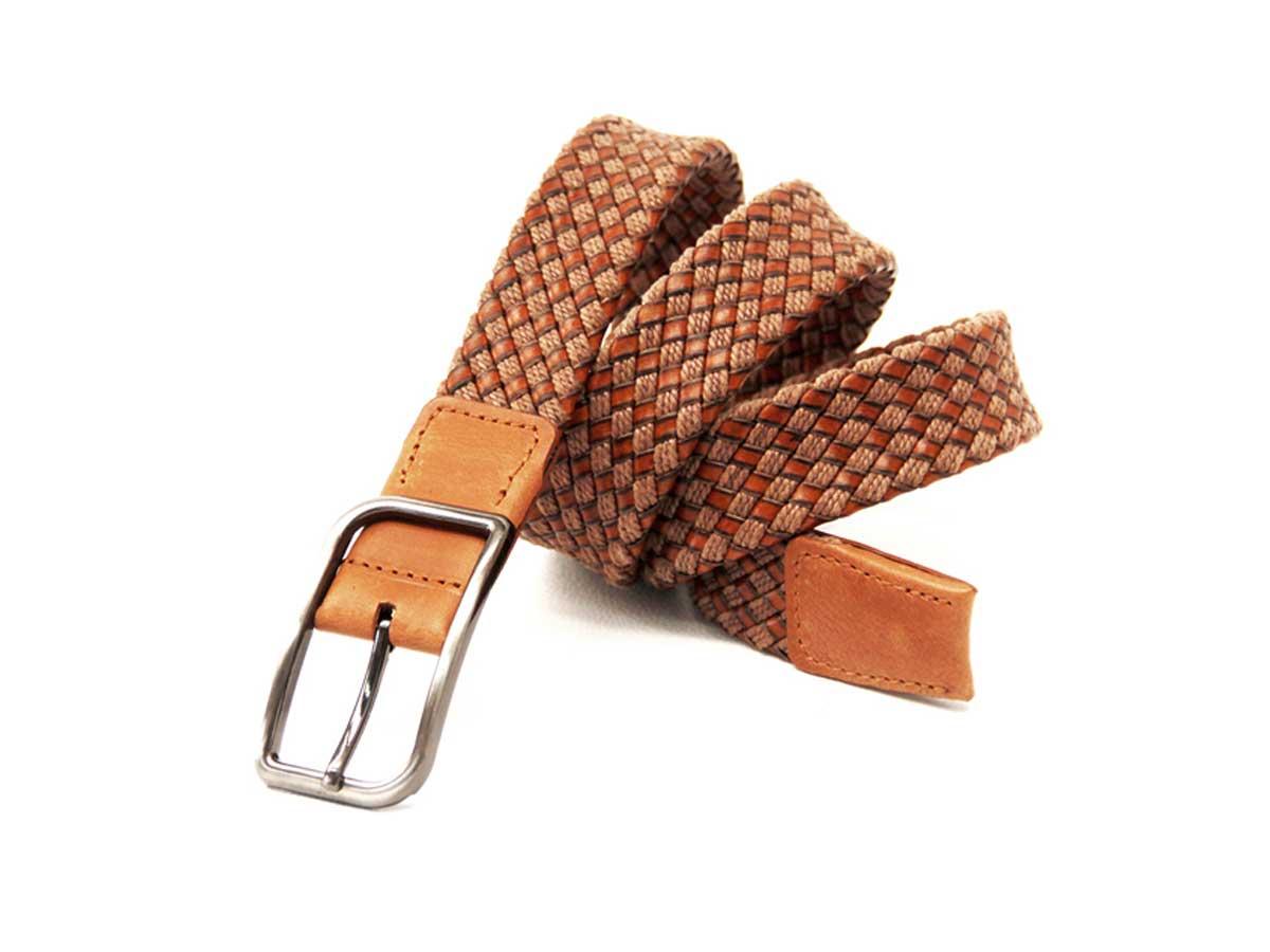 8 Cinturón Trenzado en Cuero